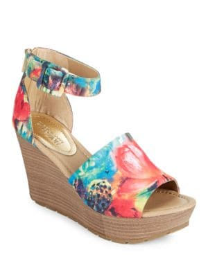 Sole Quest Textile Wedge Sandals by Kenneth Cole REACTION