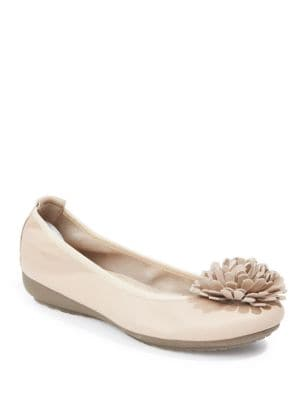 Jayna Flower-Accented Round Toe Leather Flats by Me Too