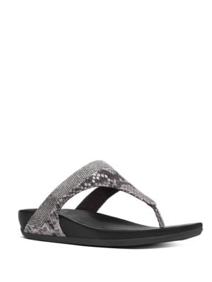 Banda TM Thong Sandals by FitFlop