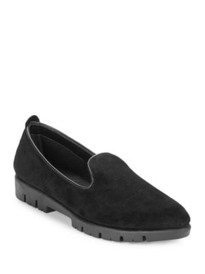 Smokin Hot Embossed Loafers by The Flexx