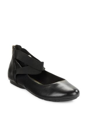 Itcanbe Flats by Anne Klein