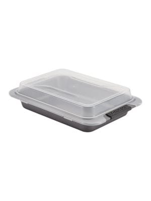 Advanced Nonstick Bakeware Covered Cake Pan  9in x 13 in