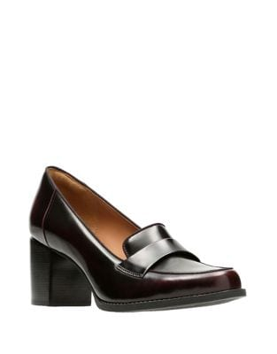 Tarah Grace Leather Pumps by Clarks