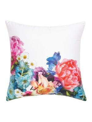 Focus Bouquet Printed Throw Pillow