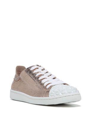 Pyper Sneaker by Fergie