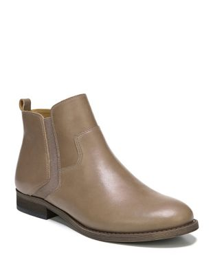 Hampton Leather Booties by Franco Sarto