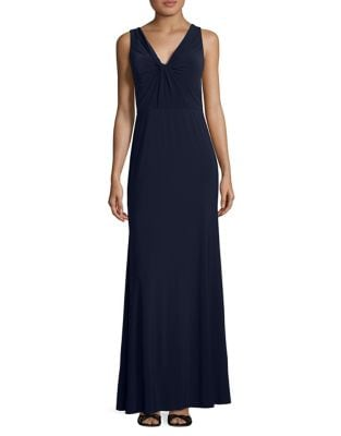 Stylish Knot Gown by Vera Wang