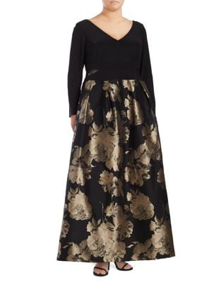 Plus Floral Floor-Length Gown by Xscape