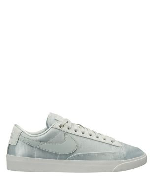Blazer Low Sneakers 500087727888