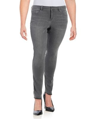 Plus Cobblestone Essentials Jeans 500087811229