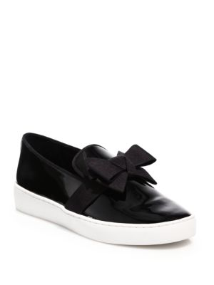 michael kors female 188971 val bow patent leather skate sneakers