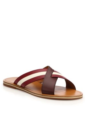 Amyn Flex Cross Sandals