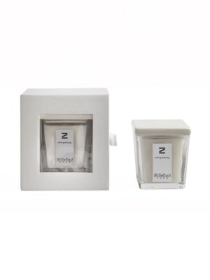 Zona White Patchouli Candle