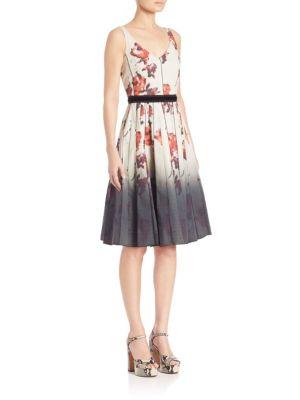 marc jacobs female 46325 floral vneck dress