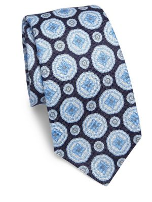 Medallion Patterned Tie