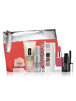 Receive a free 7-piece bonus gift with your $40 Clinique purchase