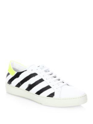 Diagonal Stripe Low Top Sneakers