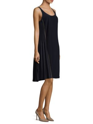 Classic Sleeveless Knee-Length Dress