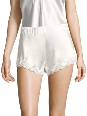 GINIA | Basic Scallop Silk Shorts | Goxip