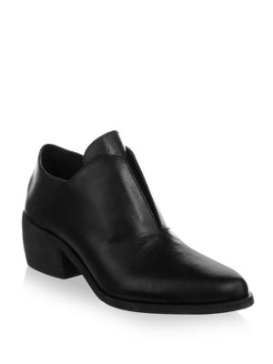 LD TUTTLE Point Toe Leather Booties