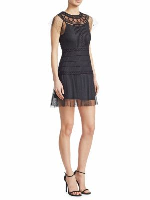 LACE LAYERED FITTED DRESS