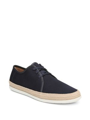 Chandler Canvas Sneakers