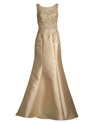 BASIX BLACK LABEL Milkado Lace Yoke Sleeveless Gown