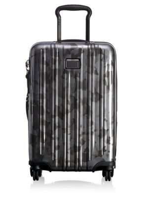 v3-carry-on-suitcase by tumi