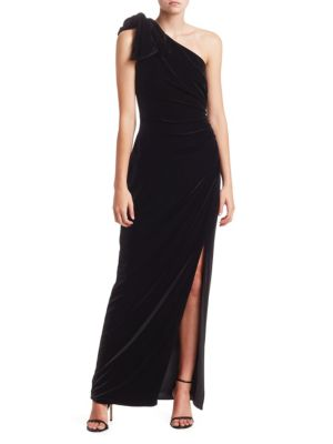 ML MONIQUE LHUILLIER One-Shoulder Velvet Side Slit Gown