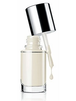 Clinique - A Different Nail Enamel For Sensitive Skins