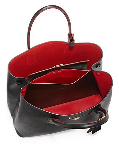 82edf074a05bce Nuevo Prada $2 680 Saffiano Cuir Doble Bolsa C Correa Negro Rojo ... WTS: Prada  Saffiano Cuir Double Bag