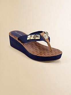 Juicy Couture - Girl's Isis Wedge Thong Sandals