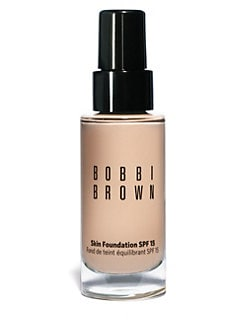 Bobbi Brown - Skin Foundation Broad Spectrum SPF 15