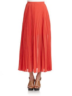 Romeo & Juliet Couture - Chiffon Pleated Skirt/Red