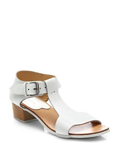 A Detacher - Highsmith Leather T-Strap City Sandals