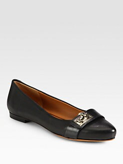 Givenchy - Saturnia Shark-Lock Leather Flats