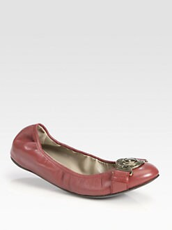 Burberry - Icon Leather Buckle Ballet Flats