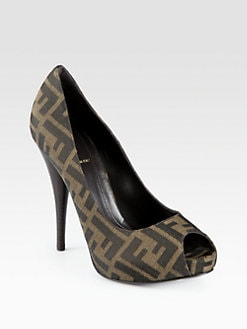 Fendi - Secret Code Logo-Detail Canvas Pumps