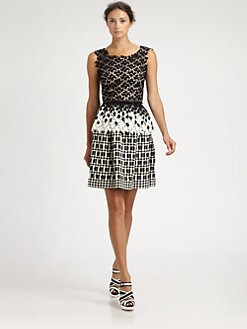 Oscar de la Renta - Guipure Lace Peplum Top
