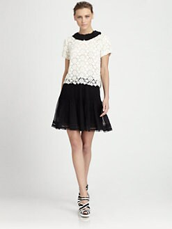 Oscar de la Renta - Lace Collared Blouse