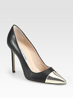 Manolo Blahnik - Bipunta Leather Pumps