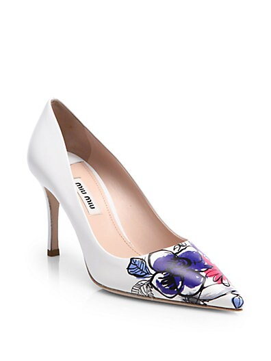 Painted Flower-Toe Leather Pumps
