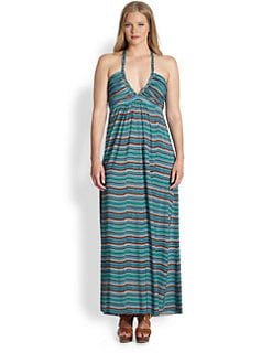 T-bags Los Angeles, Salon Z - Deep-V Maxi Dress