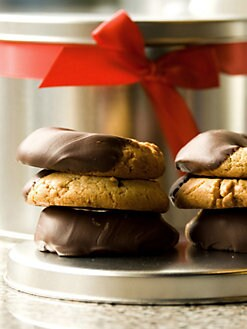 Feed Your Soul - Chocolate-Dipped Peanut Butter Cookie Tin