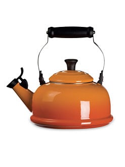 Le Creuset - 1.8-Quart Classic Whistling Kettle