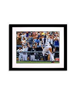 Steiner Sports - Derek Jeter Running 3000th-Hit Photo