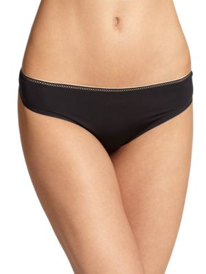 Invisible Seamless Thong by Chantelle