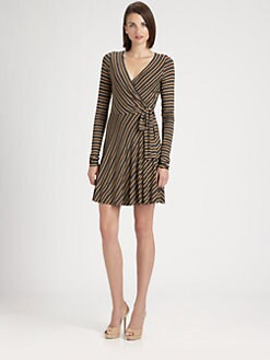 B44 DRESSED - Wrap Dress