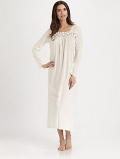 Hanro - Medea Embroidered Long-Sleeve Gown