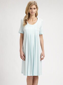 Hanro - Paula Short-Sleeve Pleated Gown